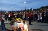 Hundreds gather at the Oaks Mall parking lot for a peaceful protest – Sing Christmas Carols